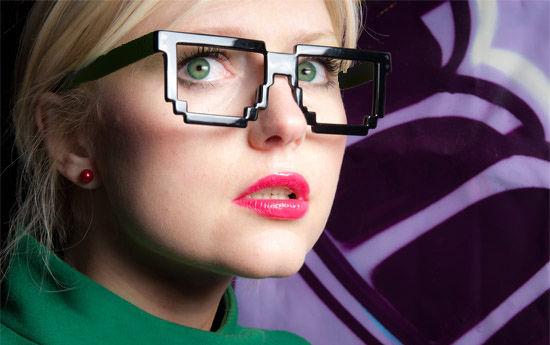 Pikselowe-okulary-8bit-prezenty-warszawa