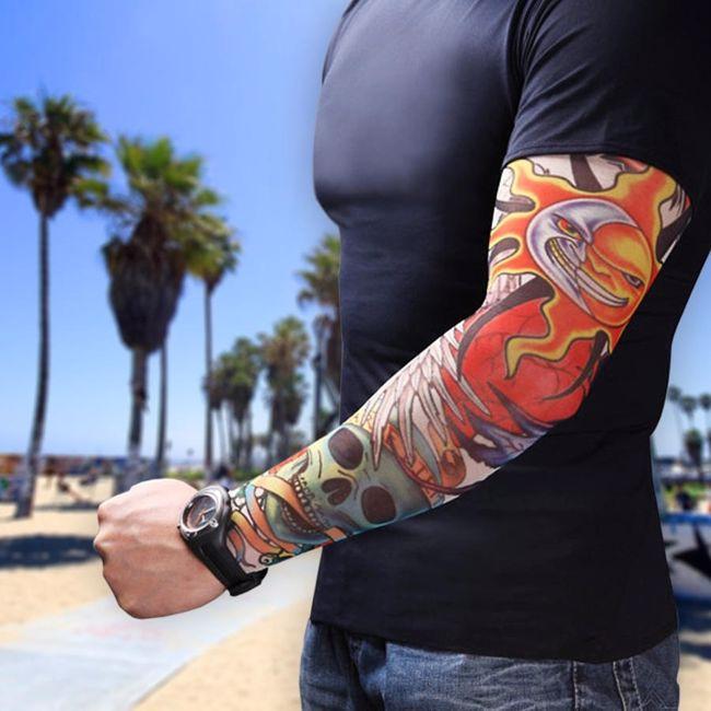 Rękawy z tatuażami prezent dla niego