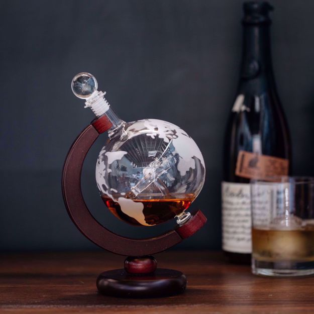 Karafka Globus z Samolotem prezent dla niej