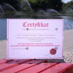 Certyfikat na 18-tkę dla dziewczyny pamiątka urodzinowa