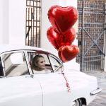 Balon wielkie serce pomysł na gadżety na urodziny