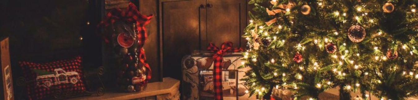 Godziny otwarcia w nadchodzących dniach, przeprowadzka i Życzenia Świąteczne!