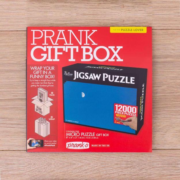 Fałszywe pudełko na prezent śmieszne opakowanie żart