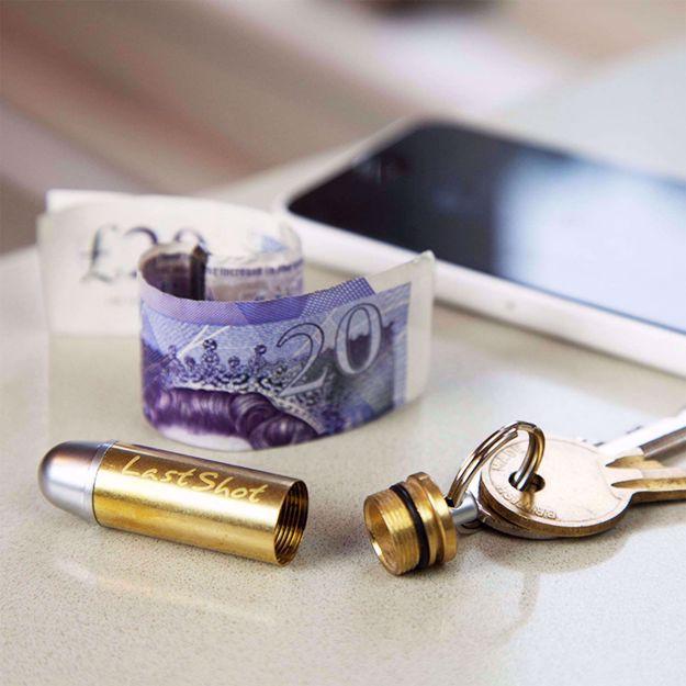True Utility schowek na pieniądze w kształcie pocisku prezent dla faceta