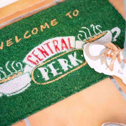 Wycieraczka Friends Central Perk prezent na parapetówkę sklep warszawa