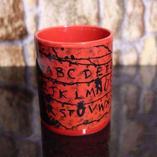 Stranger Things - Magiczny Kubek Alfabet prezent dla chłopaka