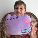 Pusheen Poduszka – Fioletowa prezent dla kociarza